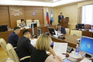 Феодосия Габышева провела заседание постоянного комитета