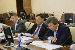 В Ил Тумэне подняли вопрос финансирования исполнения Указа Главы республики об экологическом благополучии